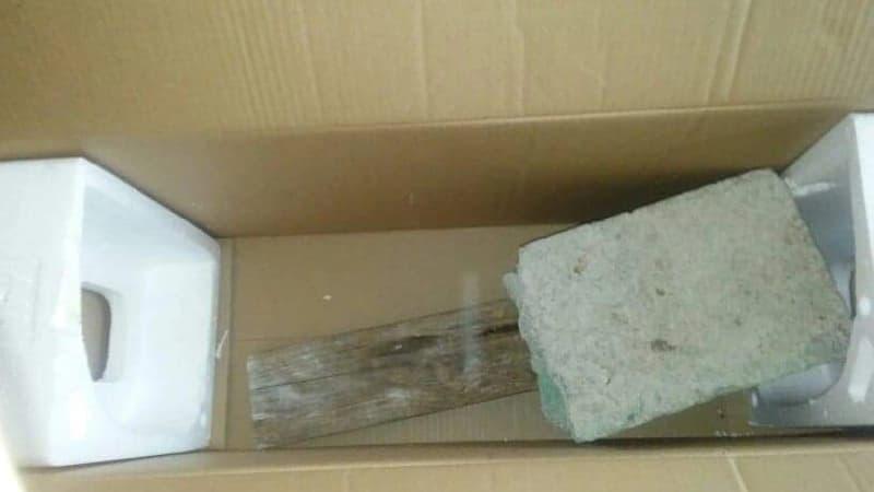 Bloques en cajas (Foto cortesía del afectado)