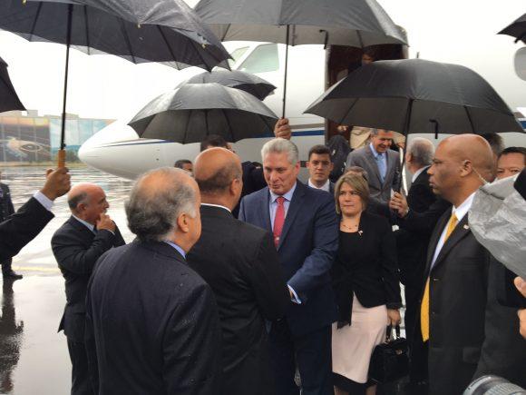 Presidente de Cuba de gira por Europa y hacia cumbre del Mnoal