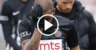 Futbolista brasileño llora en un partido de la Liga Serbia por recibir insultos racistas