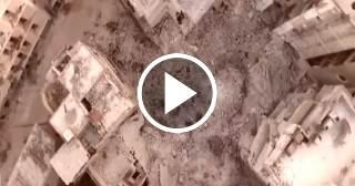 Bombas caídas sobre Aleppo, Siria, desaparecen un barrio entero
