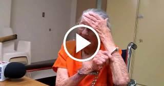 Anciana de 93 años esposada y bajo arresto en Florida por 'demorarse en pagar la renta'