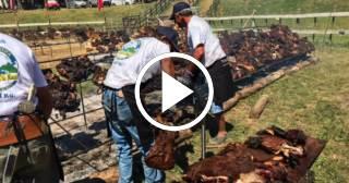 Uruguay arrebata a Argentina el récord Guinness del asado más grande del mundo