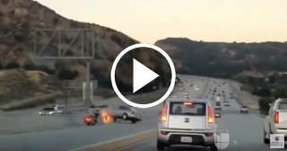 Fuerte accidente de tránsito en California tras un altercado en plena vía (VIDEO)