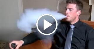 """Científicos creen que los cigarrillos electrónicos no son """"tan saludables"""" como se creía"""