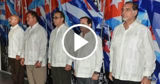 Los cinco espías cubanos recibieron el carnet del Partido Comunista de Cuba