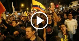 """Ecuatorianos se lanzan a calles de Quito y gritan """"No somos Cuba, ni Venezuela"""""""