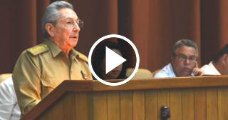 """Raúl Castro: """"Estos son los documentos más estudiados en la historia de la Revolución"""""""