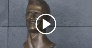 El busto de Cristiano Ronaldo fue esculpido por un exlimpiador en 15 días