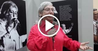 Sara González, en el Museo de Cera de Bayamo
