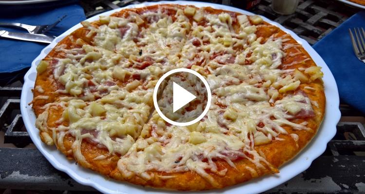 """Las pizzas """"voladoras"""" de las pizzerías privadas en Cuba"""