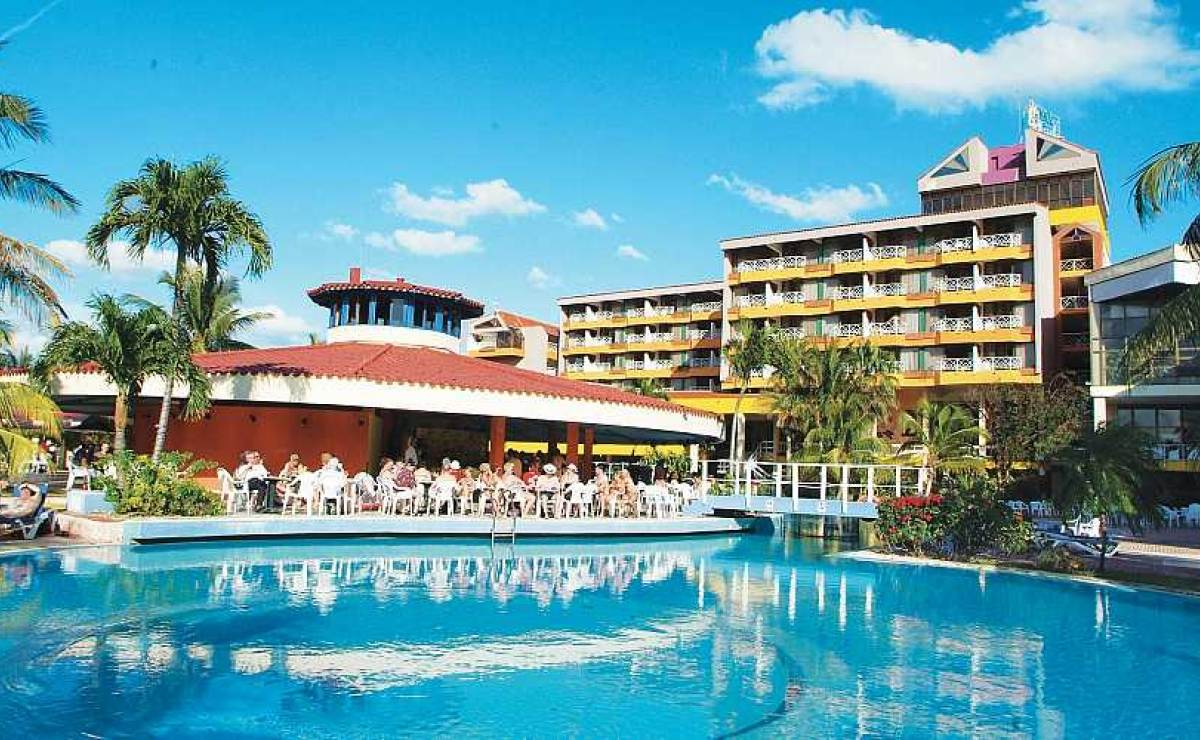 6 razones por las que los cubanos van a los hoteles
