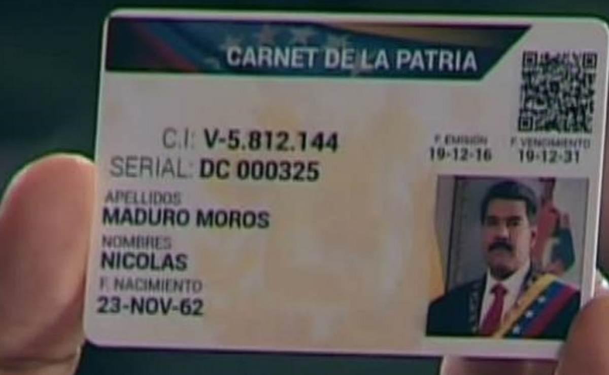 """Maduro implanta """"la Libreta de Abastecimiento"""" en Venezuela"""