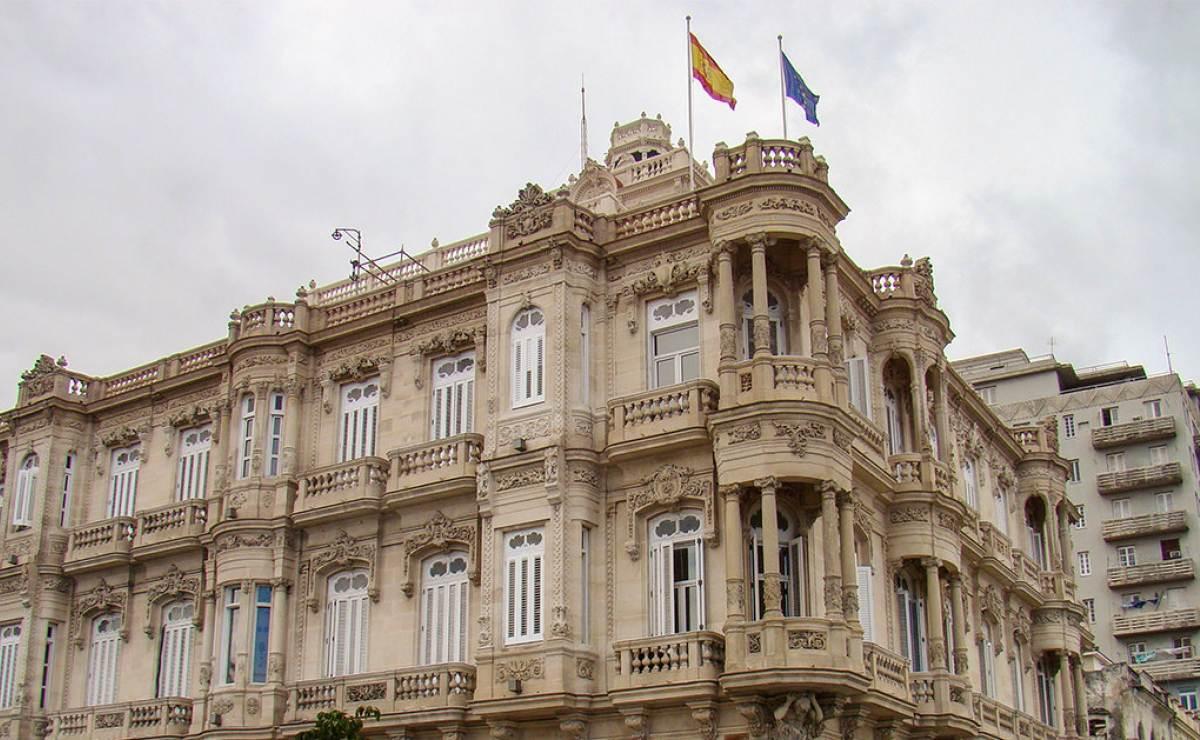 Cubanos proponen que Cuba vuelva a ser española