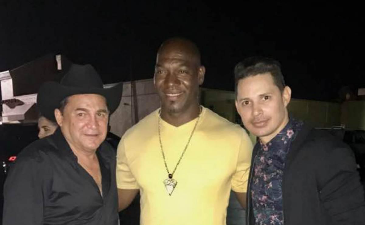 Antolín, Leoni Torres y José Ariel Contreras disfrutan en una noche cubana de lujo