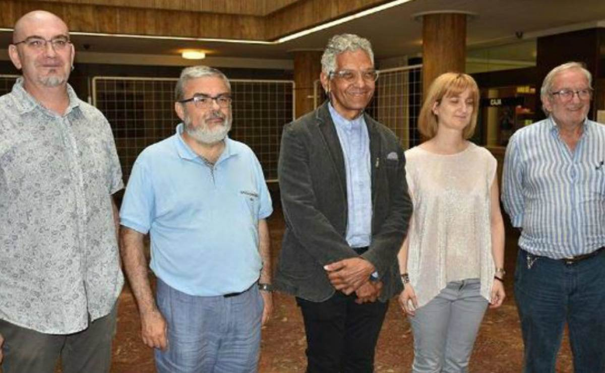 "Escritor cubano Rosell afirma que Cuba sufre ""un frenazo"" con llegada Trump"