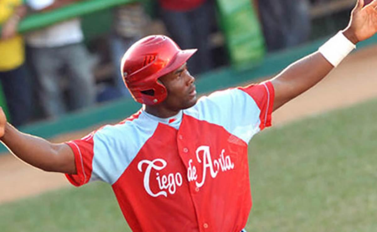 Ciego de Ávila se pone a una victoria de la gran final de la pelota cubana