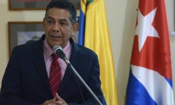 Funcionario venezolano viaja a Cuba para aprender a afrontar sanciones de EE.UU