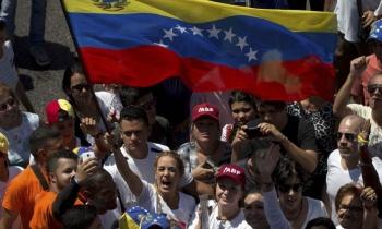 """Venezolanos tienen miedo de que su país se convierta en """"otra Cuba"""""""
