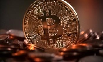 El bitcoin alcanza máximos históricos y su cotización roza los 6.000 dólares
