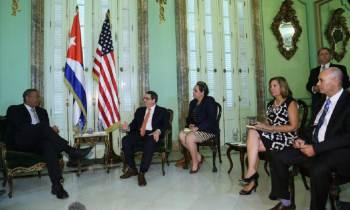 Se reúnen en la Habana Bruno Rodriguez Parrilla y el Secretario de Transporte de EEUU, Anthony Foxx