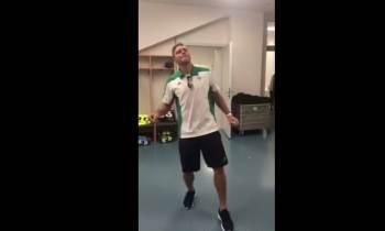 """Jugador bético bailando """"Hasta que se seque el Malecón"""" de Jacob Forever (+VÍDEO)"""