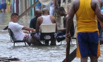 """Granma tacha de indisciplinados e irresponsables a quienes se """"divirtieron"""" durante la inundación de Irma"""