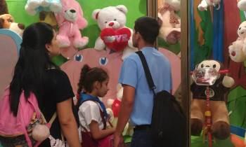 Indignación en Santa Clara tras la apertura de una juguetería con precios prohibitivos