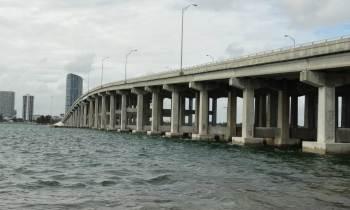 Cerrada la I-195 hacia Miami Beach por un accidente donde murieron tres personas