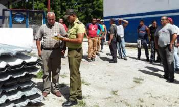 Arrestan a ladrones de tejas en Granma