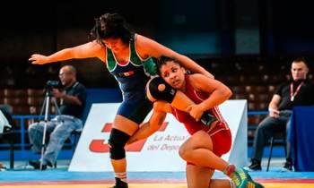 Lienna Montero y Mabelkis Capote ganan medallas de oro en Panamericano Juvenil de Lucha