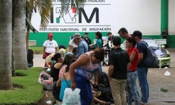 Abogados estafan a migrantes cubanos en Chiapas