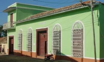 La historia del palacio endemoniado de Trinidad