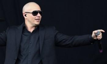 Pitbull será nombrado Embajador Global y se va de gira con Enrique Iglesias