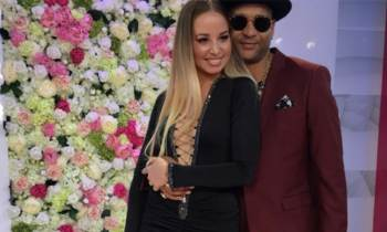 Descemer Bueno y su novia Janelys Martínez derrochan glamour en los Billboard 2017