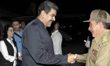 Nicolás Maduro llega sorpresivamente a La Habana con un donativo para damnificados del huracán Irma