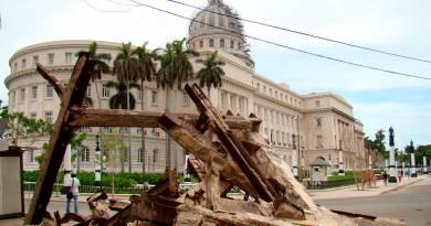 Ruinas frente al Capitolio de La Habana