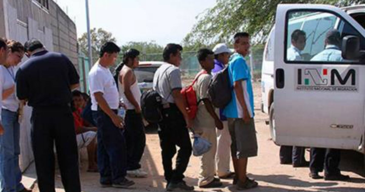 Image result for Desalojan a migrantes de campamentos en calles y parques de Chiapas