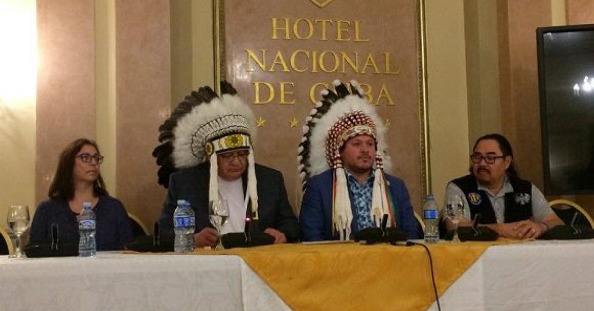 Führer indigener Gemeinschaften aus Kanada besuchen Kuba | Bildquelle: https://winnipegsun.com/news/news-news/southern-chiefs-go-to-cuba-to-get-health-care-advice © Cubadebate | Bilder sind in der Regel urheberrechtlich geschützt